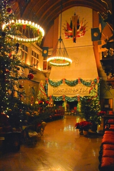 Biltmore House Banquet Hall decorated for Christmas