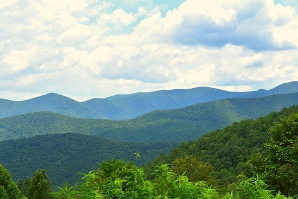 blue ridge mountain views from blue ridge parkway