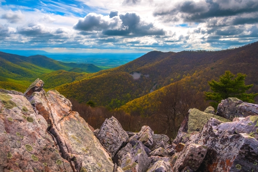 Read more about the article 7 Best Short & Easy Hikes in Shenandoah National Park